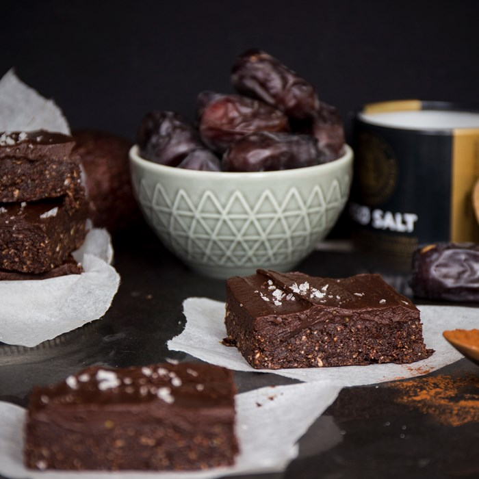 Raw brownies med chokladfrosting